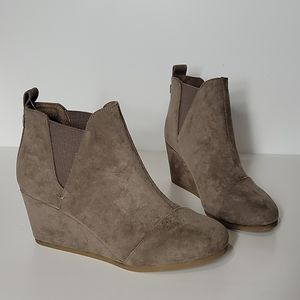 New Dunes Zoey Wedge Ankle Boots